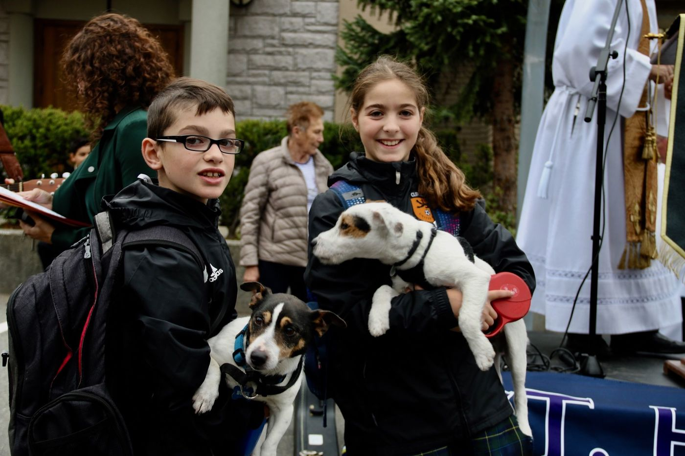 St  Helen's hosts first blessing of animals - BC Catholic